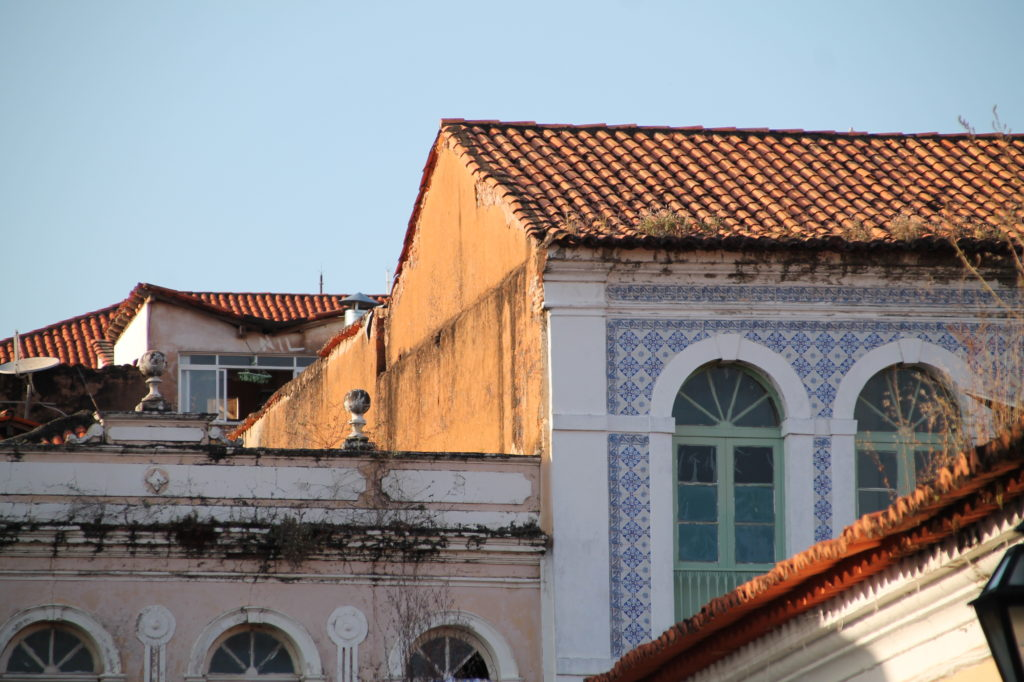 The Portuguese Azulejos: a heritage over the seas