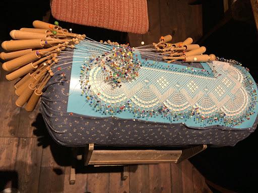 Sample of the bobbin lace-making technique