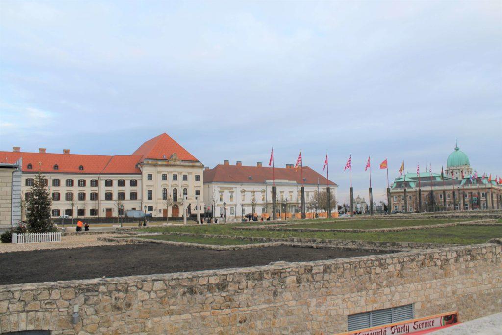 Carmelite Monastery, Sándor Palace and the Buda Hill Castle