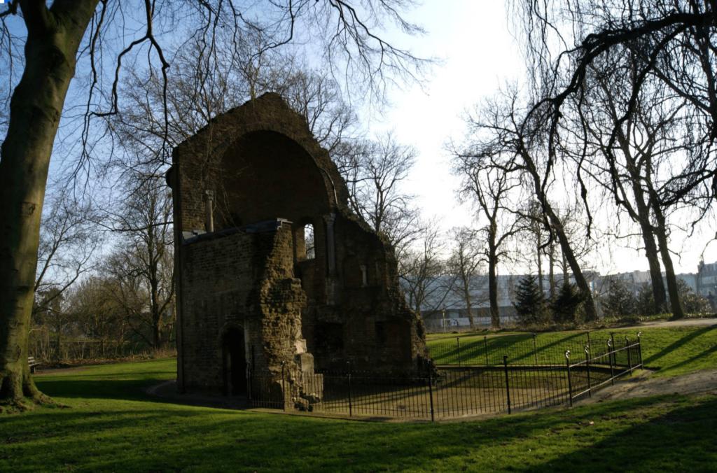 Ruins at Valkhorfpark Nijmegen