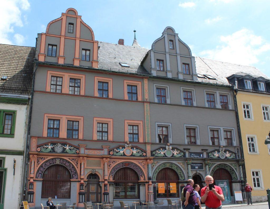 The Cranachhaus (left) on the west side of Weimar's Marktplatz