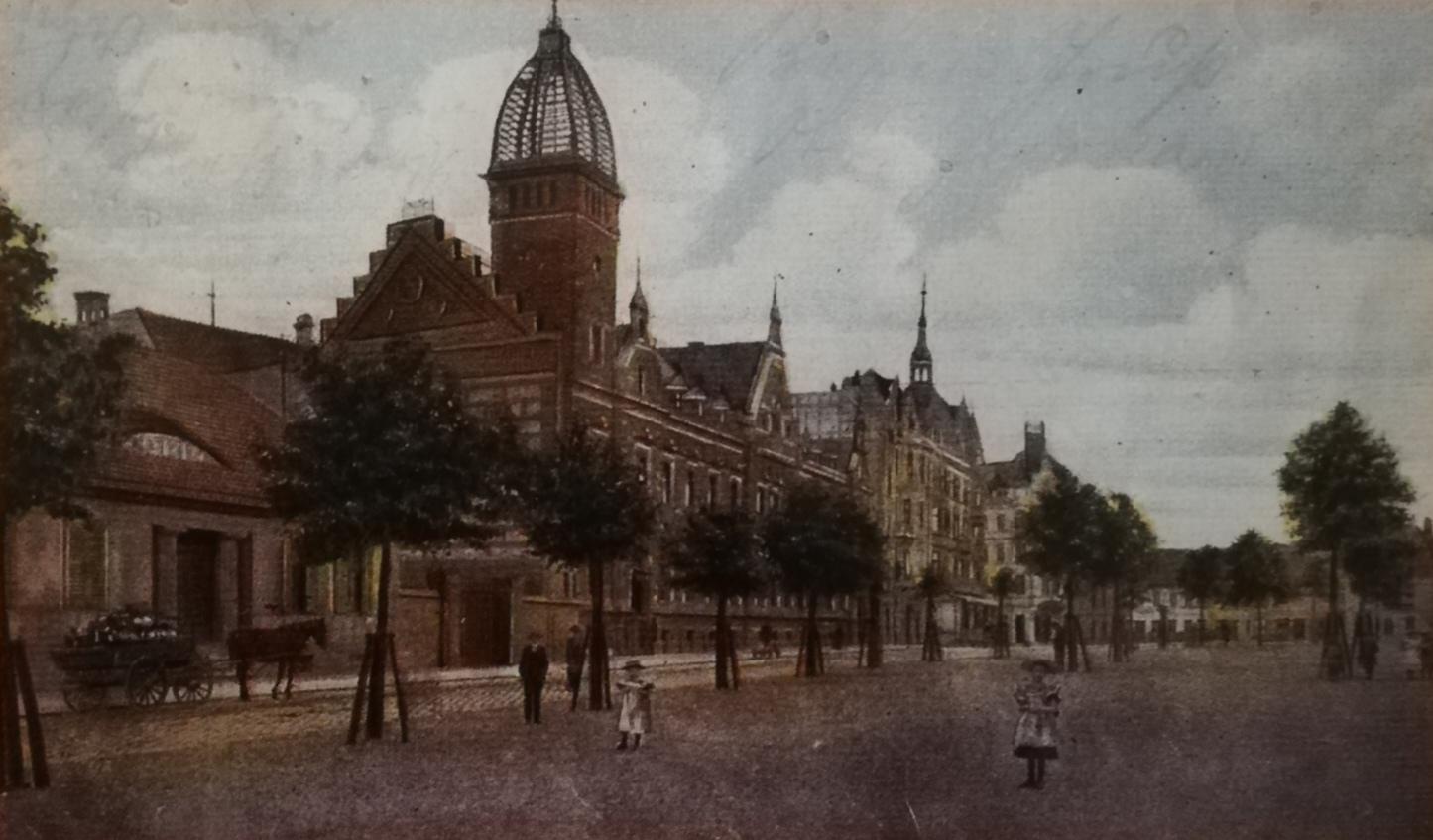 The postcard image of 1907, showing Berliner Platz in Cottbus.