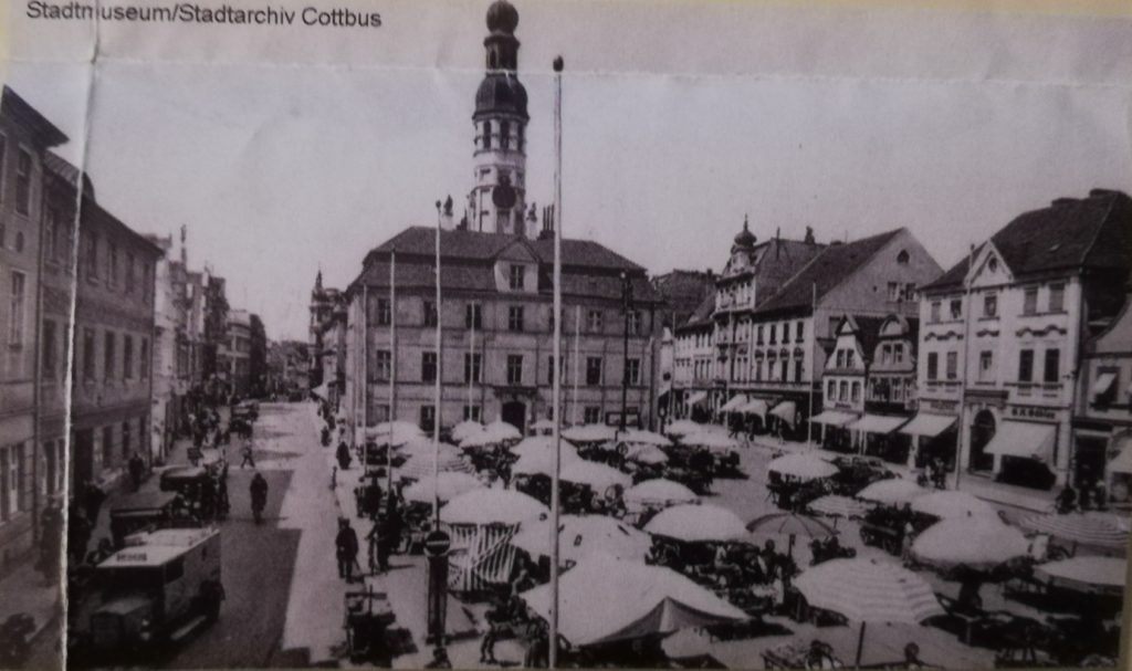 The old market square in 1930s